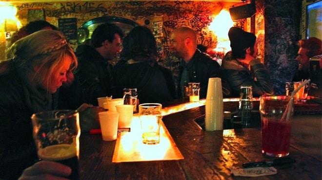 bares baratos em Paris