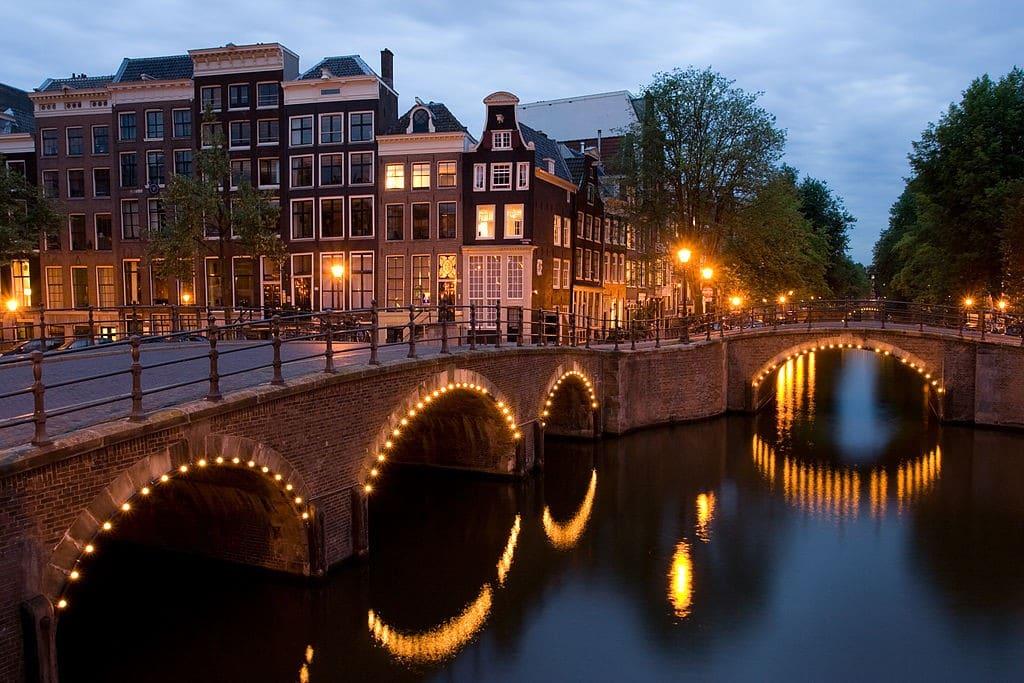 canais mais bonitos de Amsterdam