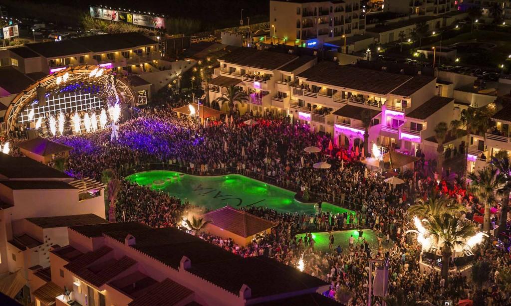 Festas na praia europa ibiza