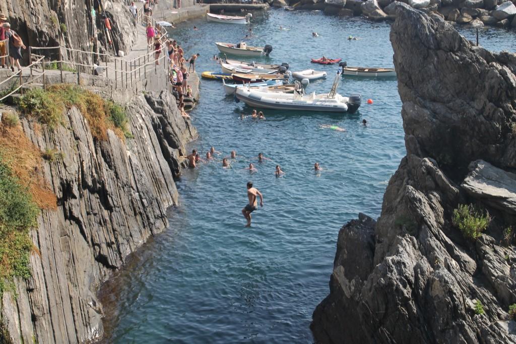 mar em manarola cinque terre na itália