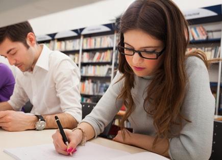 Como renovar o visto de estudante na França