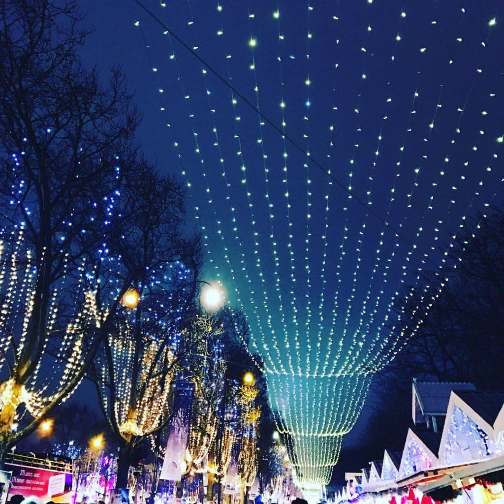 natal na Champs-Elysées 2016