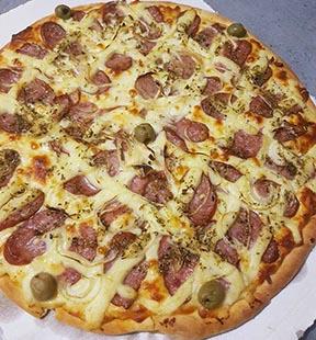 lila oliveira pizza em paris
