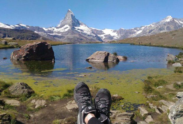 lago stellisee alpes suiços