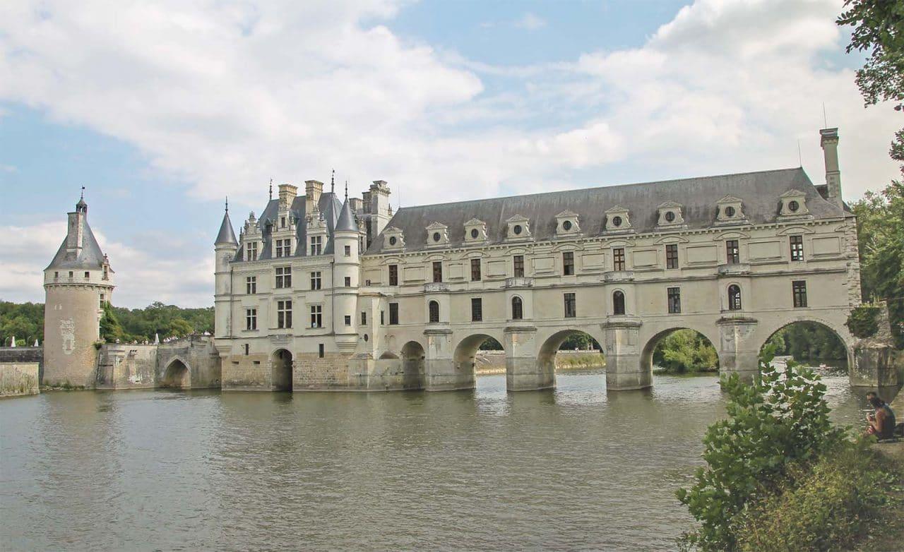 castelo chenonceau no rio cher
