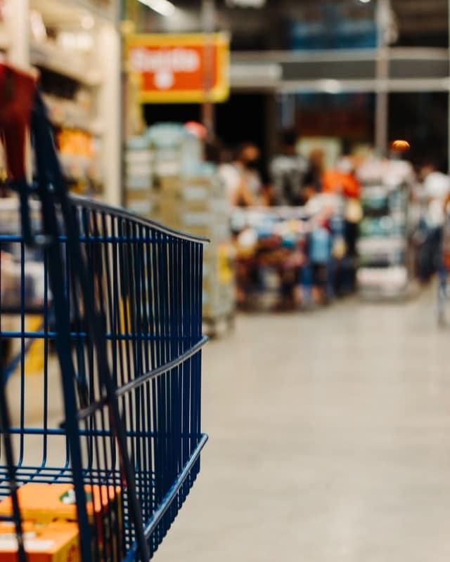 custo de vida na França com supermercado
