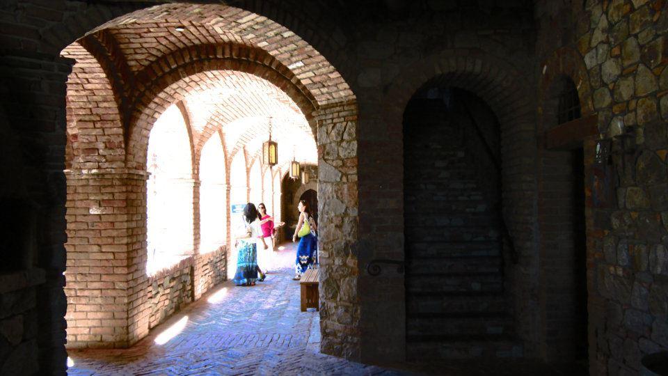 Interior do castelo em Napa Valley